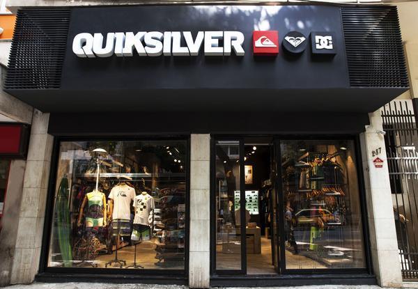 c734a549783c4 Quiksilver inaugura duas lojas no Rio de Janeiro. Foto  Marcelo Tabach