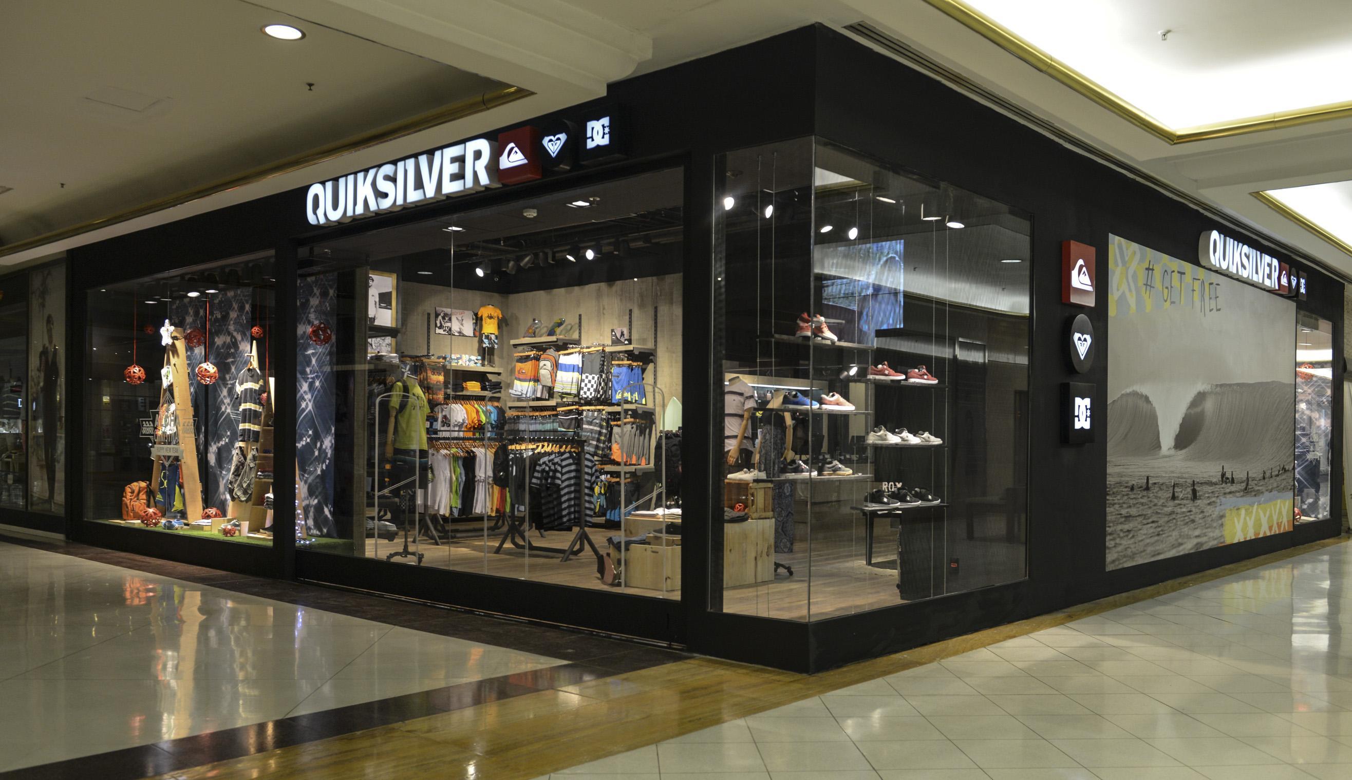 ea9a1236cc099 Promoções acontecem em todas as lojas Quiksilver e no e-commerce das  marcas