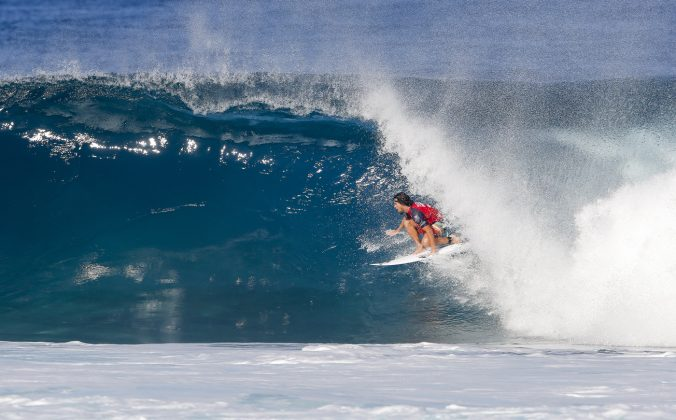 Ian Gouveia, Ian Gouveia of Brazil advances to Round Three of the 2017 Billabong Pipe Masters after winning Heat 7 of Round Two at Pipe, Hawaii, USA today. Foto: WSL / Heff.
