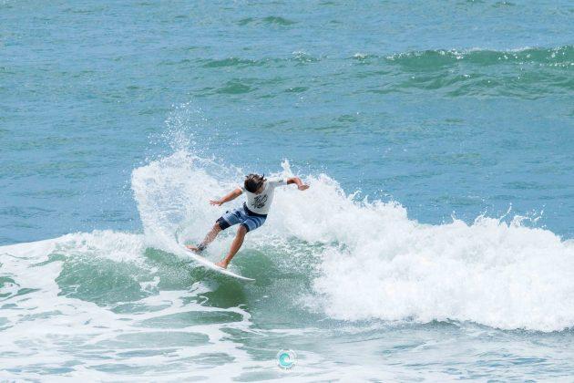 Kainan Meira, MCD 30 Pés de Surf Pro/Am, Praia Brava, Matinhos (PR). Foto: Rodrigo Gomes.