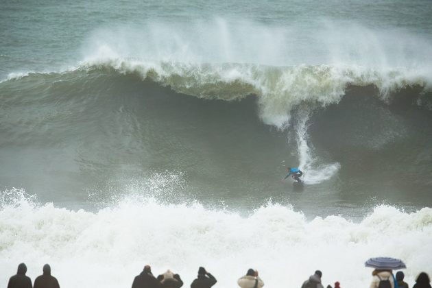 Billy Kemper. Nazaré Challenge 2018, Praia do Norte, Portugal. Foto: WSL / Masurel