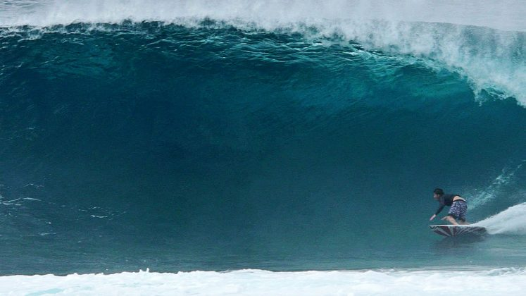 Bruce Irons, Backdoor, North Shore de Oahu, Havaí. Foto: Bruno Lemos / Sony Brasil.