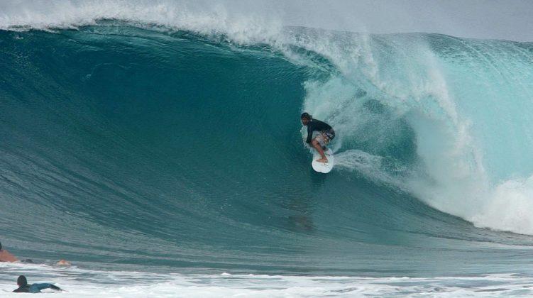 João Vitor Chumbinho, Backdoor, North Shore de Oahu, Havaí. Foto: Bruno Lemos / Sony Brasil.