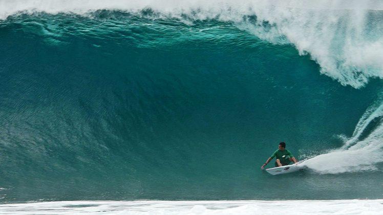 Lucas Chumbo, Backdoor, North Shore de Oahu, Havaí. Foto: Bruno Lemos / Sony Brasil.