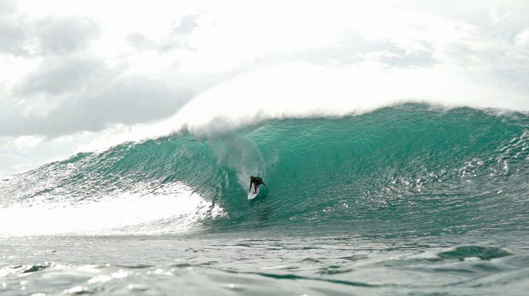 Michael Ho, Pipeline, North Shore de Oahu, Havaí. Foto: Bruno Lemos / Sony Brasil.