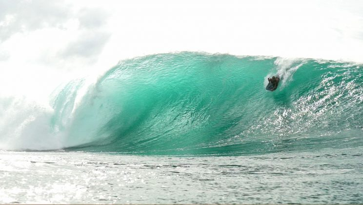 Paulo Barcellos, Pipeline, North Shore de Oahu, Havaí. Foto: Bruno Lemos / Sony Brasil.