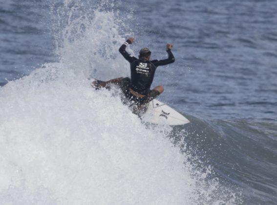 Wallace Vasco. Silverbay Catarinense 2018, Praia da Ferrugem, Garopaba. Foto: Basilio Ruy/P.P07