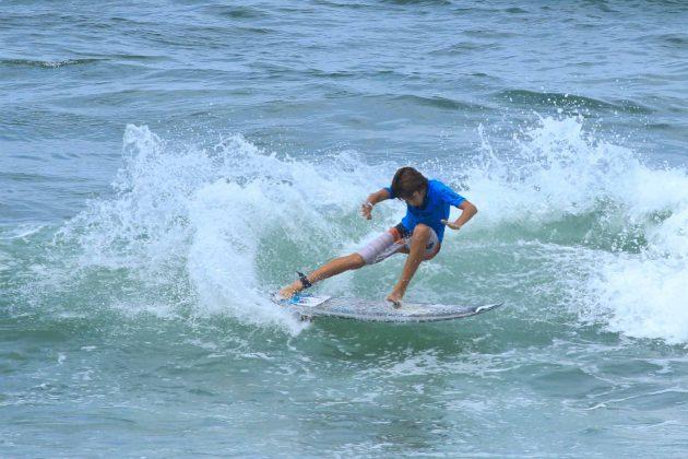 Eric Bahia, Fico Surf Festival 2018, praia do Tombo, Guarujá (SP). Foto: Silvia Winik.