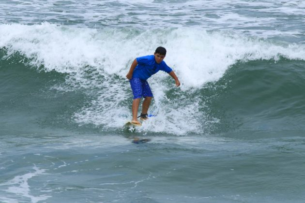 Gabriel Yagi, Fico Surf Festival 2018, praia do Tombo, Guarujá (SP). Foto: Silvia Winik.