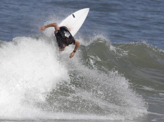 Marlon Klein. Silverbay Catarinense 2018, Praia da Ferrugem, Garopaba. Foto: Basilio Ruy/P.P07