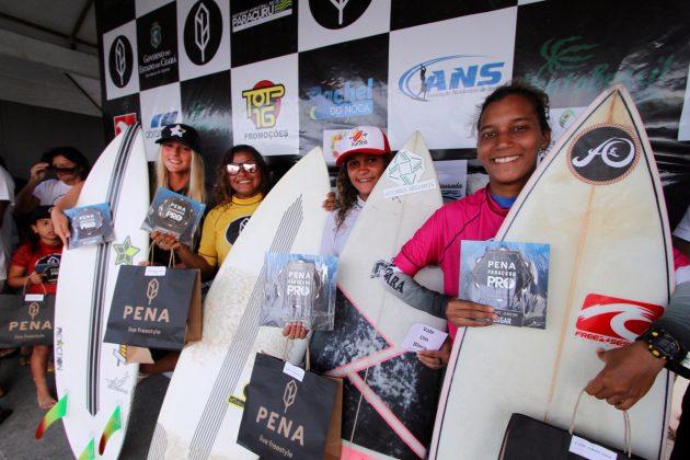 Pódio Feminino Júnior. Pena Paracuru Pro 2018, Ronco do Mar, Paracuru (CE). Foto: Lima Jr.