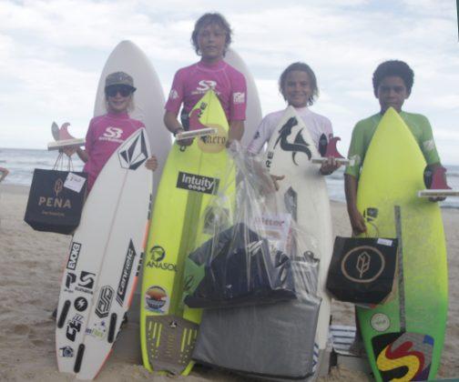 Pódio Infantil. Silverbay Catarinense 2018, Praia da Ferrugem, Garopaba. Foto: Basilio Ruy/P.P07