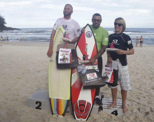 Pódio Surf Adaptados. Silverbay Catarinense 2018, Praia da Ferrugem, Garopaba. Foto: Basilio Ruy/P.P07