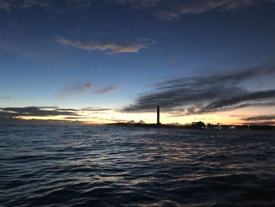 Sol nascente com Caiçara do Norte ao fundo, Expedição à Urca do Minhoto (RN). Foto: Fabio_Gouveia.