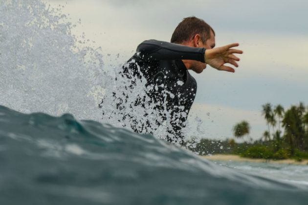 Clayton Niebaner. Ilhas Mentawai, Indonésia. Foto: Bruno Veiga / Liquid Eye