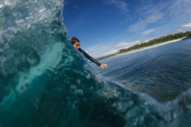 Jennifer Biestman. Ilhas Mentawai, Indonésia. Foto: Bruno Veiga / Liquid Eye