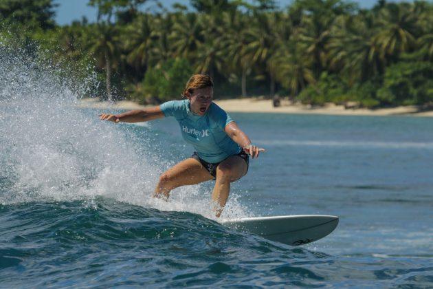 Kathleen Curcio. Ilhas Mentawai, Indonésia. Foto: Bruno Veiga / Liquid Eye