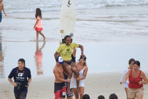 Melissa Policarpo, Fico Surf Festival 2018, praia do Tombo, Guarujá (SP). Foto: Silvia Winik.