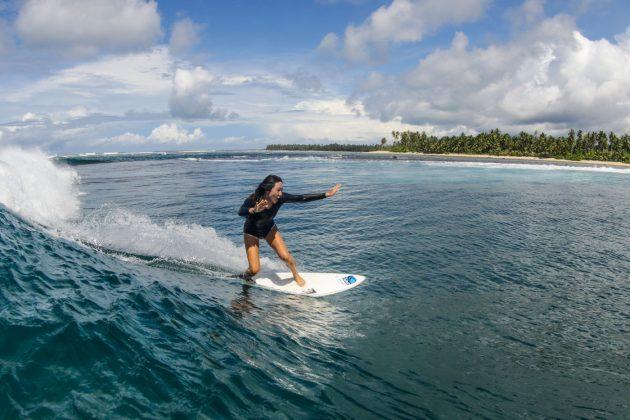 Sarah Byun. Ilhas Mentawai, Indonésia. Foto: Bruno Veiga / Liquid Eye