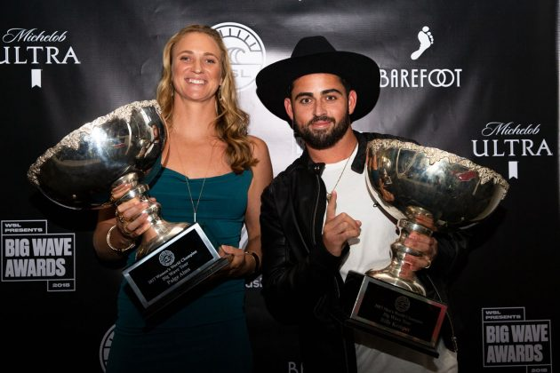 Paige Alms e Billy Kemper, WSL Big Wave Awards 2018, Califórnia (EUA). Foto: © WSL / Van Kirk.