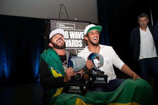 Rodrigo Koxa e Lucas Chianca, WSL Big Wave Awards 2018. Foto: © WSL / Van Kirk.