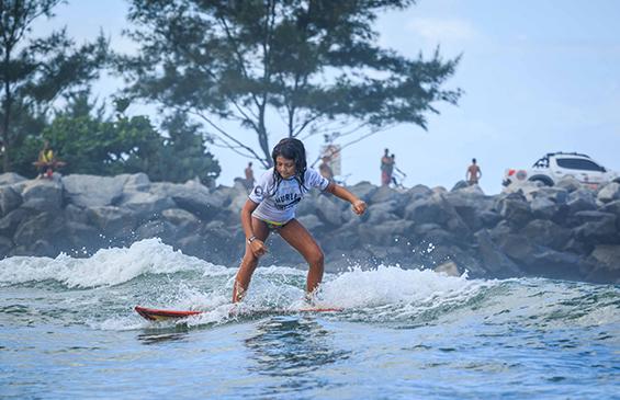 Hurley Surf Club, Lagoa da Barrinha, Saquarema (RJ). Foto: Henrique Pinguim.