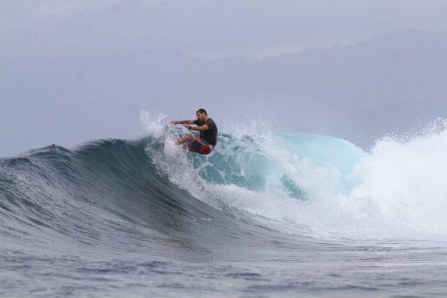 Alexandre Bicudo Perederko, Nipussy, Ilhas Mentawai, Indonésia. Foto: Osmar Rezende Filho.