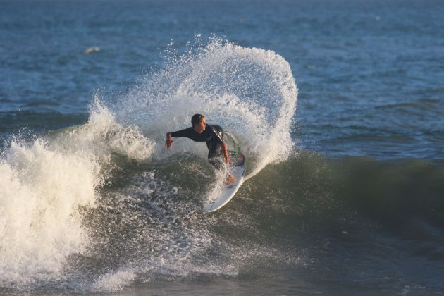 Eduardo Motta. Oi Rio Pro 2018, Itaúna, Saquarema (RJ). Foto: Sebastian Rojas