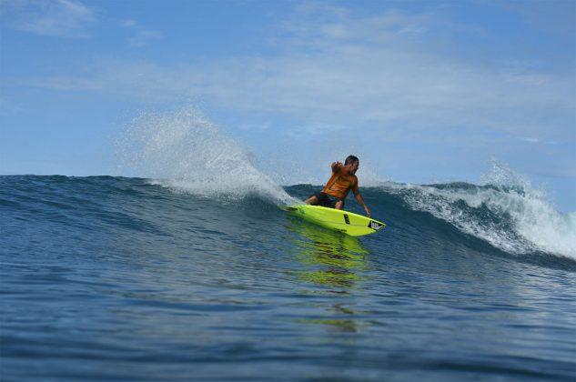 Fabio Gouveia, Ilhas Mentawai, Indonésia. Foto: Osmar Rezende Filho.