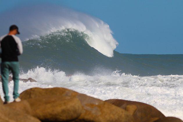 Mormaii Big Wave 2018. Praia do Cardoso, Farol de Santa Marta (SC). Foto: Rafa Shot Photography
