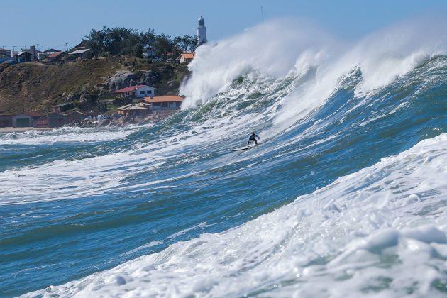 Marcos Monteiro. Mormaii Big Wave 2018, praia do Cardoso, Farol de Santa Marta (SC). Foto: Sebastian Rojas