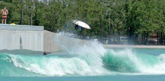 Piscina de ondas em Waco, Texas (EUA), ondas artificiais, wave pool