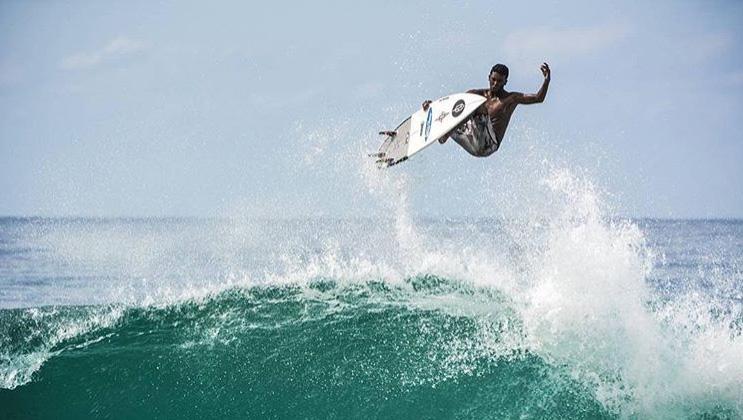 Cearense radicado no Rio, Cauã Costa tem 15 anos e vai competir pela primeira vez entre os Pros.