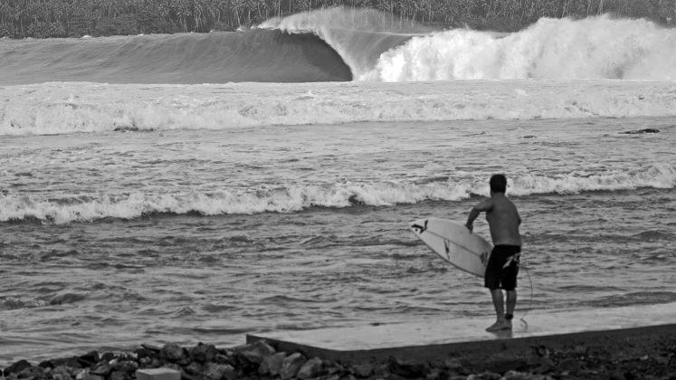 Felipe Cesarano, Nias, Indonésia. Foto: Bruno Lemos / Sony Brasil.
