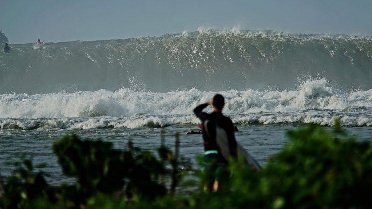 Ian Walsh, Nias, Indonésia. Foto: Bruno Lemos / Sony Brasil.