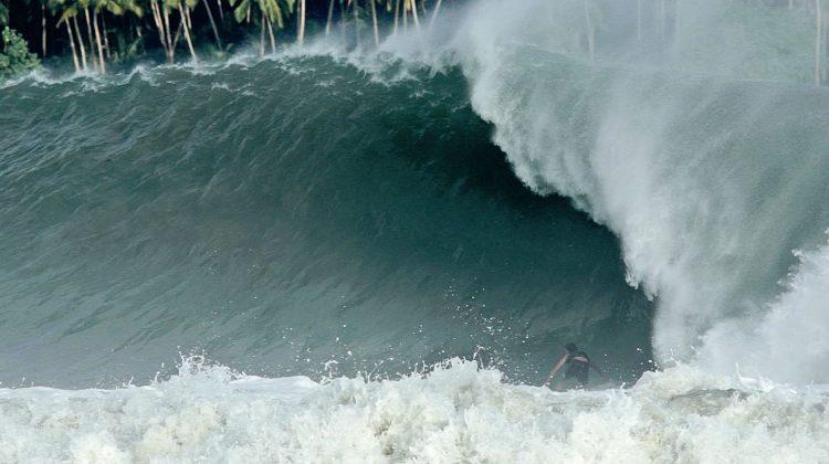 Lucas Silveira, Nias, Indonésia. Foto: Bruno Lemos / Sony Brasil.