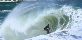 Trilha, surfe e amigos