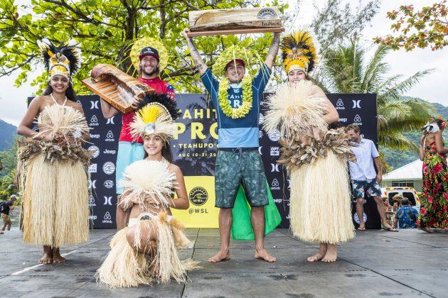 Owen Wright e Gabriel Medina, Tahiti Pro 2018, Teahupoo. Foto: WSL / Poullenot.