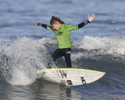 Luara Mandelli, Surfuturo Groms 2018, Atalaia, Itajaí (SC). Foto: Basilio Ruy/P.P07.
