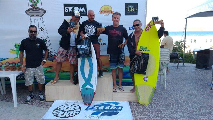 Pódio Kahuna, Top Surf Pro 2018, Praia do Forte, Cabo Frio (RJ). Foto: Gugu Netto.