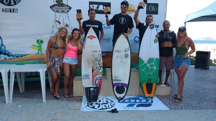 Pódio Masculino, Top Surf Pro 2018, Praia do Forte, Cabo Frio (RJ). Foto: Gugu Netto.