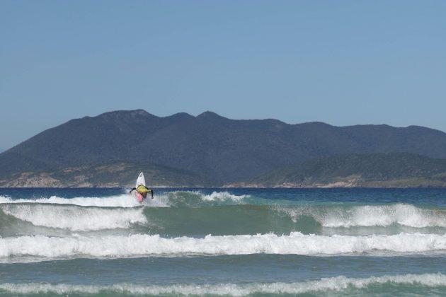 Raoni Monteiro, Top Surf Pro 2018, Praia do Forte, Cabo Frio (RJ). Foto: Patricia Coutinho.