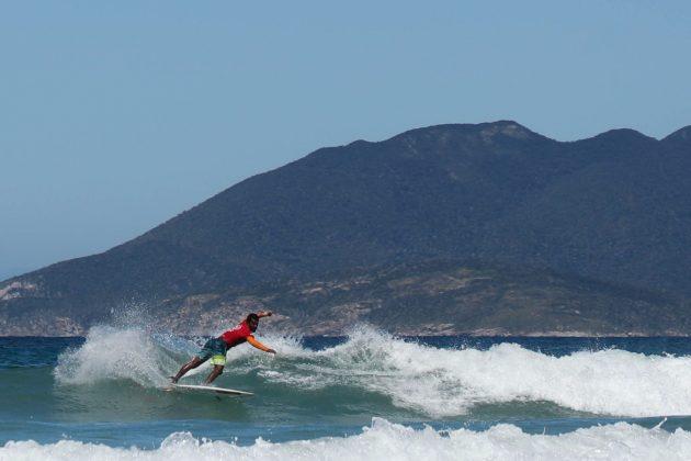 Samuel Igo, Top Surf Pro 2018, Praia do Forte, Cabo Frio (RJ). Foto: Patricia Coutinho.