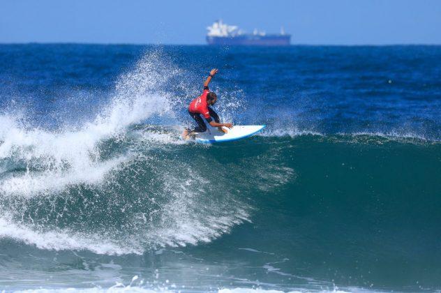 Bino Lopes. CBSurf Pro Tour 2018, Praia de Maresias (SP). Foto: Aleko Stergiou