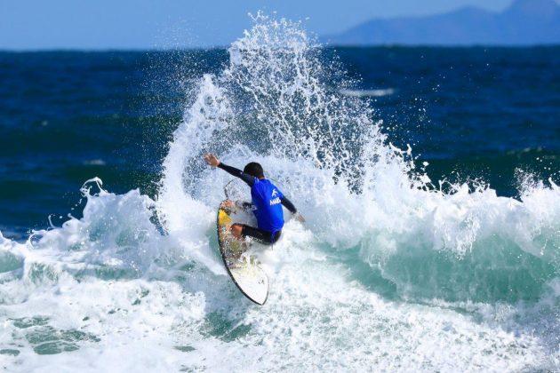 Caio Costa. CBSurf Pro Tour 2018, Praia de Maresias (SP). Foto: Aleko Stergiou