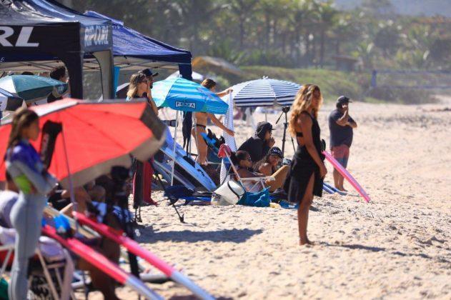 Anne dos Santos. CBSurf Pro Tour 2018, Praia de Maresias (SP). Foto: Aleko Stergiou