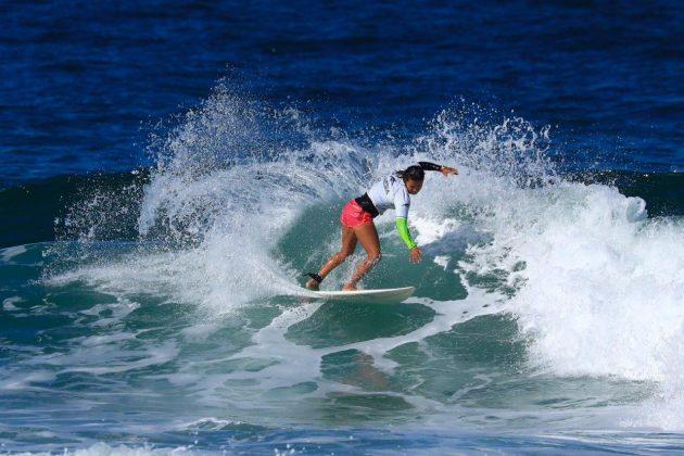 Luana Coutinho. CBSurf Pro Tour 2018, Praia de Maresias (SP). Foto: Aleko Stergiou