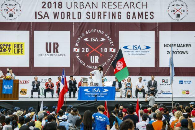 Equipe do Afeganistão, Cerimônia de abertura do UR ISA World Surfing Games 2018, Long Beach, Tahara, Japão. Foto: ISA / Ben Reed.