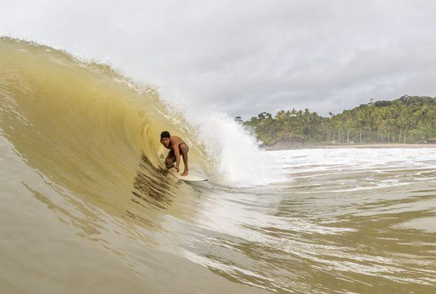 Iago Silva. Praia da Tiririca, Itacaré (BA). Foto: Fabriciano Jr. / Survive Photos