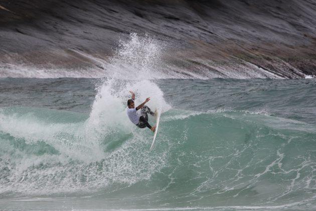 Alexandre Almeida, Itacoatiara Open de Surf 2018, Niterói (RJ). Foto: @surfetv / @carlosmatiasrj.